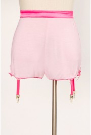 Garter Shorts in cream soda pink